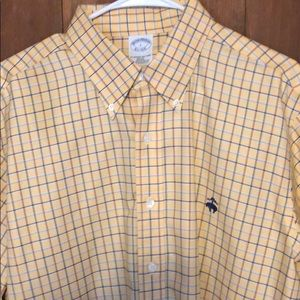 Brooks Brothers non-iron button down L